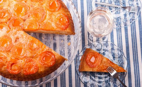 Aprikosenkuchen mit Schmand leichte Zubereitung ein Genuss für Gaumen und Auge