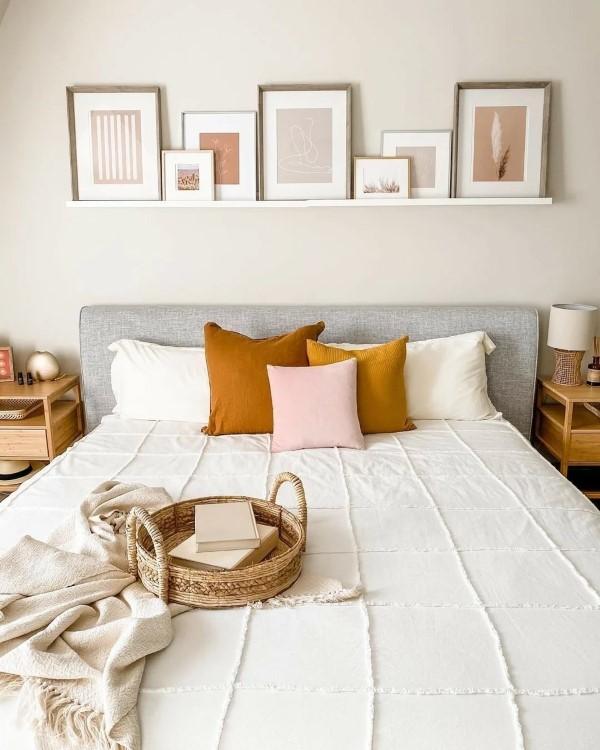 Bilderleiste dekorieren – Ideen und Tipps für eine kreative Wandgestaltung schlafzimmer deko ideen