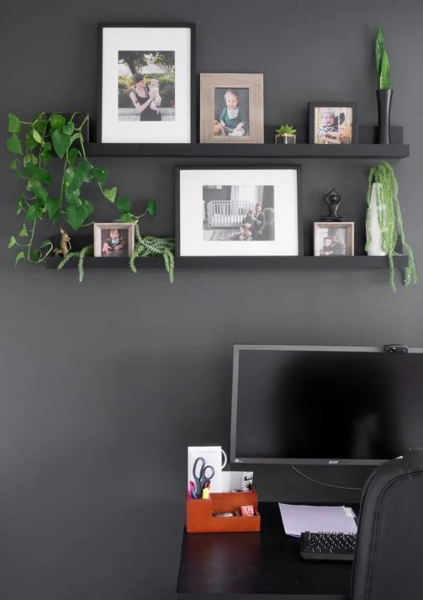 Bilderleiste dekorieren – Ideen und Tipps für eine kreative Wandgestaltung schwarze wände stilvolle ideen