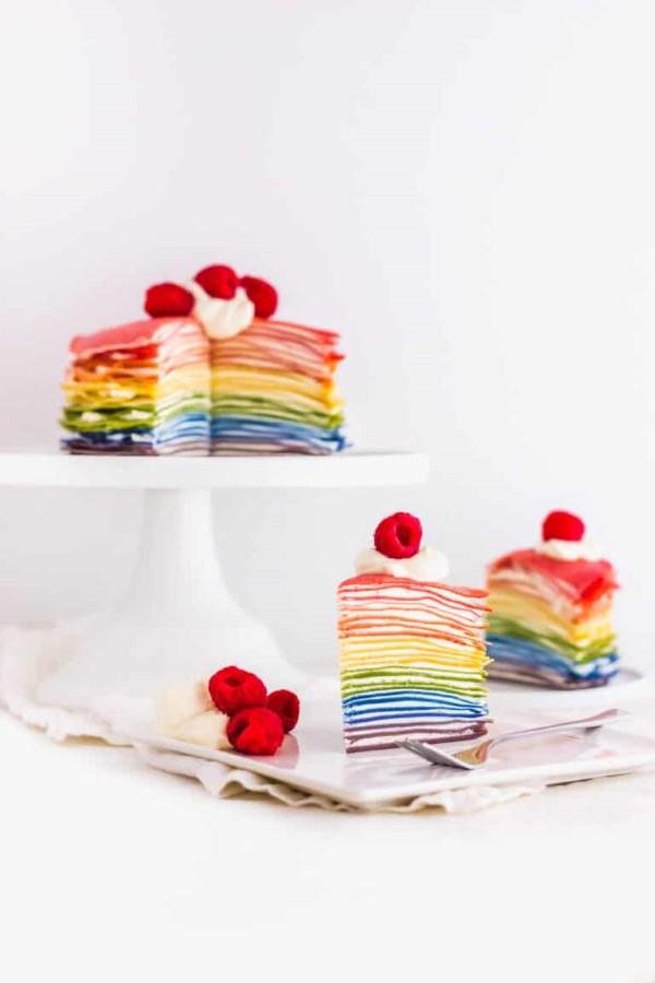 Farbenfrohe und köstliche Regenbogenkuchen Rezept Ideen bunt lecker torte