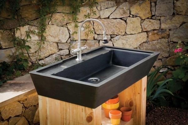 Gartenspüle Ideen Außenbereich gestalten Hände waschen im Freien
