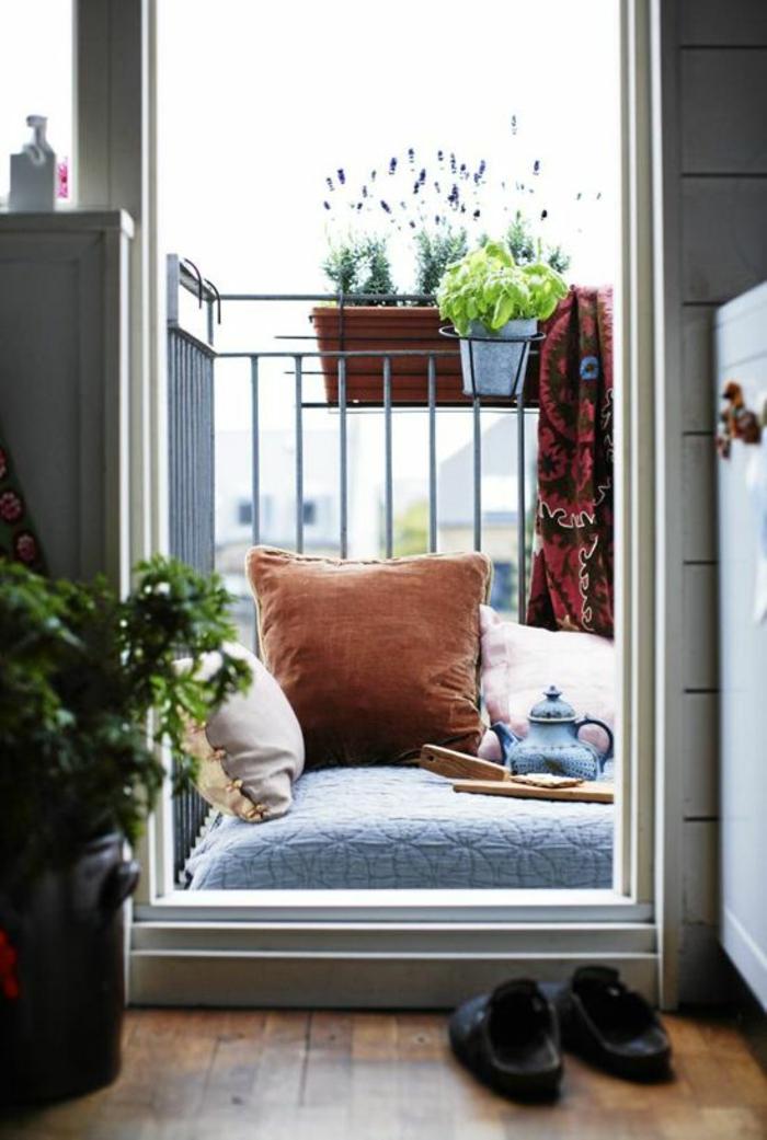 Kleiner Balkon Ideen selber machen diy ideen upcycling ideen fruehstueck indien relax pur