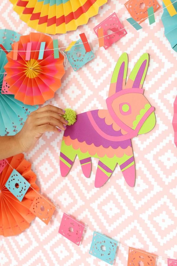 Kreative und interaktive Bastelideen gegen Langeweile für Groß und Klein llama alpaca party spiel