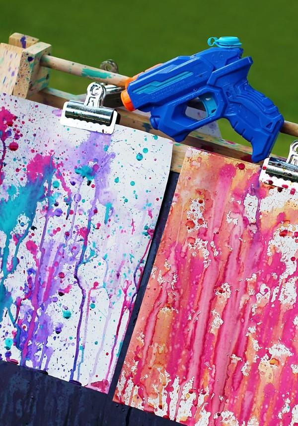 Malen und Basteln mit 2jährigen Kindern – kreative und einfache Ideen für Kleinkinder kinder malen fingerfarben
