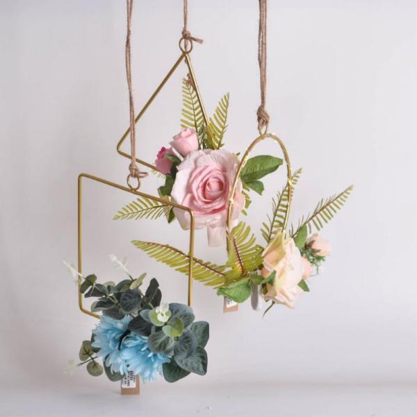 Metallring dekorieren für den Sommer – frische Bastelideen und Tipps metallic rahmen diy kranz
