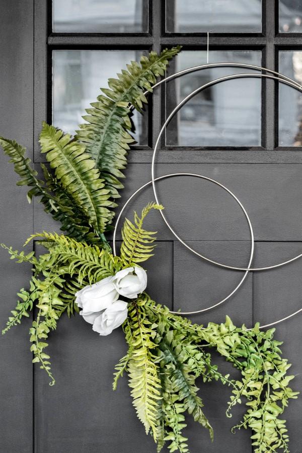 Metallring dekorieren für den Sommer – frische Bastelideen und Tipps türkranz sommer drei ringe
