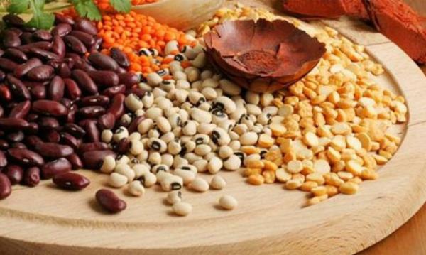 Sattmacher gesund gegen Heißhunger Hülsenfrüchte wirken sättigend haben viele Ballaststoffe wenige Kalorien