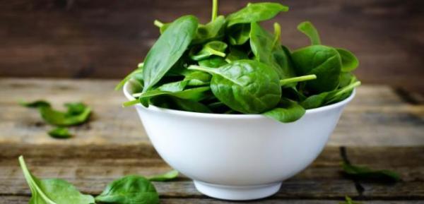 Sattmacher gesund gegen Heißhunger Spinat in Schale