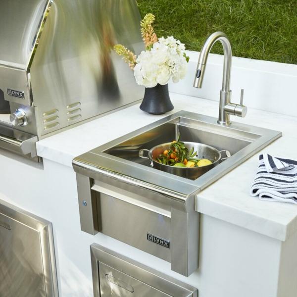Spüle im Freien 50 Gartenspüle Ideen Outdoor Küche gestalten