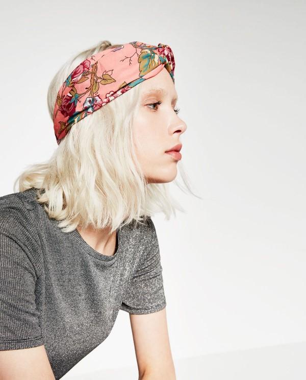 Stilvolle Frisuren mit Haarband für jeden Anlass und jede Jahreszeit bunte designs rosa