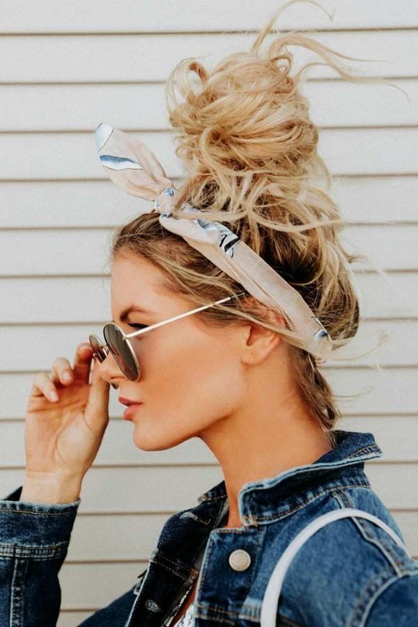 Stilvolle Frisuren mit Haarband für jeden Anlass und jede Jahreszeit dutt ideen schön