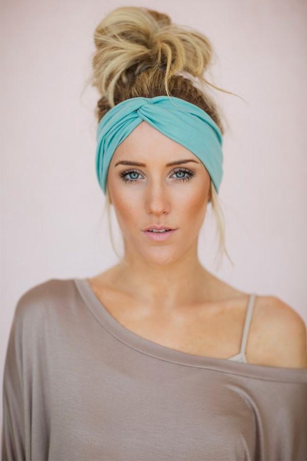 Stilvolle Frisuren mit Haarband für jeden Anlass und jede Jahreszeit haarband für sport workout