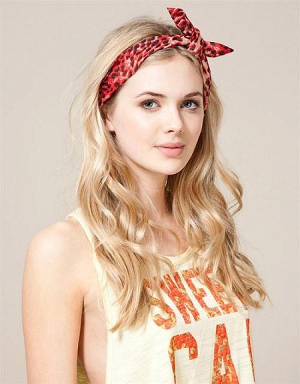 Stilvolle Frisuren mit Haarband für jeden Anlass und jede Jahreszeit teens bandana optik