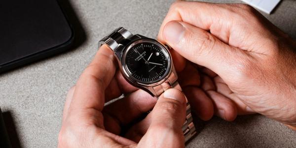 Vorteile, warum Sie eine Armbanduhr tragen sollten Armbanduhr Herren