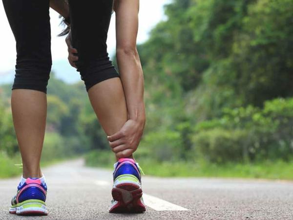 Wadenkrämpfe nachts Bewegung Sport Ursache Wissenswertes