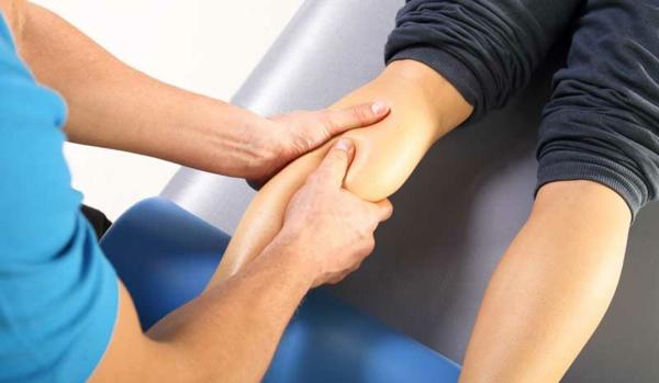 Wadenkrämpfe nachts Ursache Wissenswertes Massage