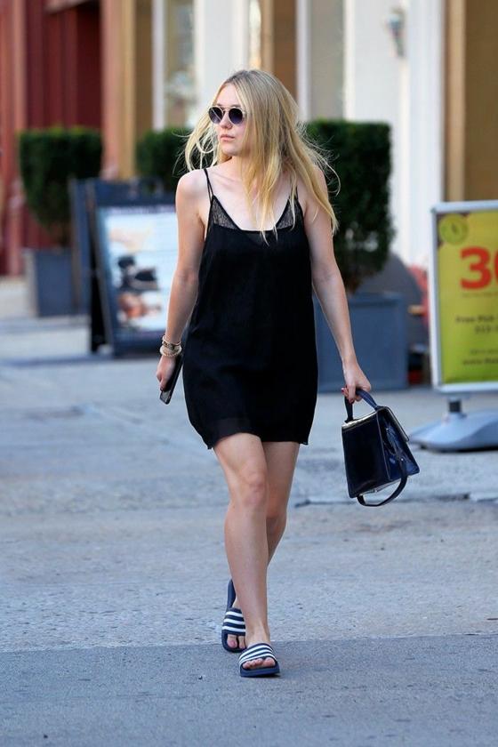 adiletten schwarzes kleid tragen elegantes sommer outfit