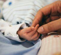 Zauberhafter Babyschlaf – Tipps und Tricks, wie ihr Säugling bedürfnisorientiert schlafen kann