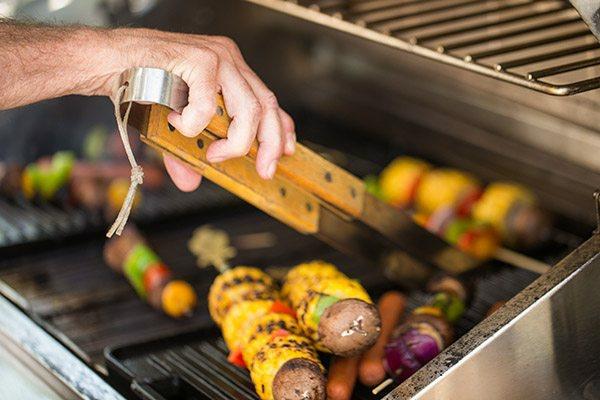 grilltipps leckerbissen zubereiten fleisch gemüse grillen