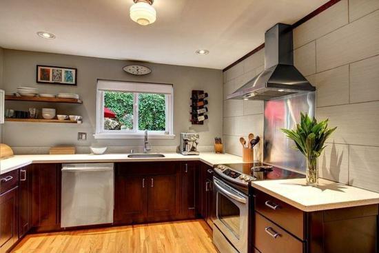 kleine küche ohne hängeschränke einrichten