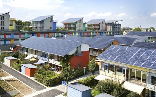 nachhaltig bauen und renovieren photovoltaik