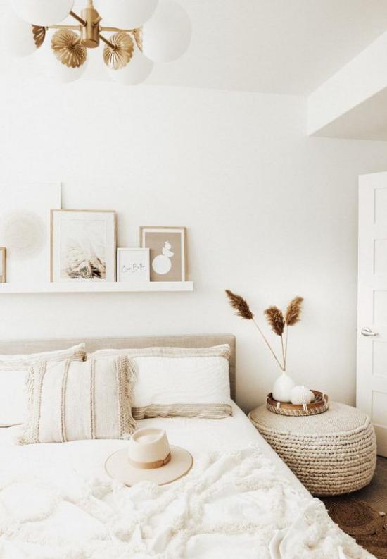 zeitlose Farben Schlafzimmer in neutralen Farben helles Farbschema ausgeglichen einladend