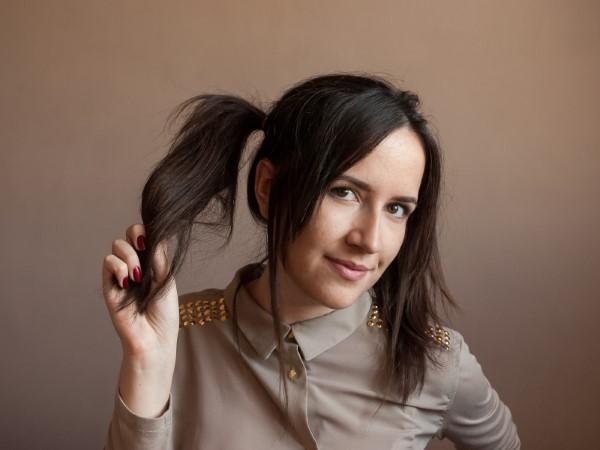 90er Jahre Frisuren erleben ein Comeback mit coolen Schnitten und Styles Pigtails für Frauen girly