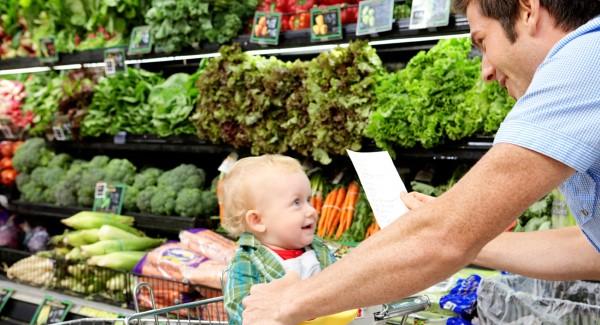 Babybrei Rezepte und Tipps für eine gesunde und schmackhafte Beikost mit dem baby shopping gehen