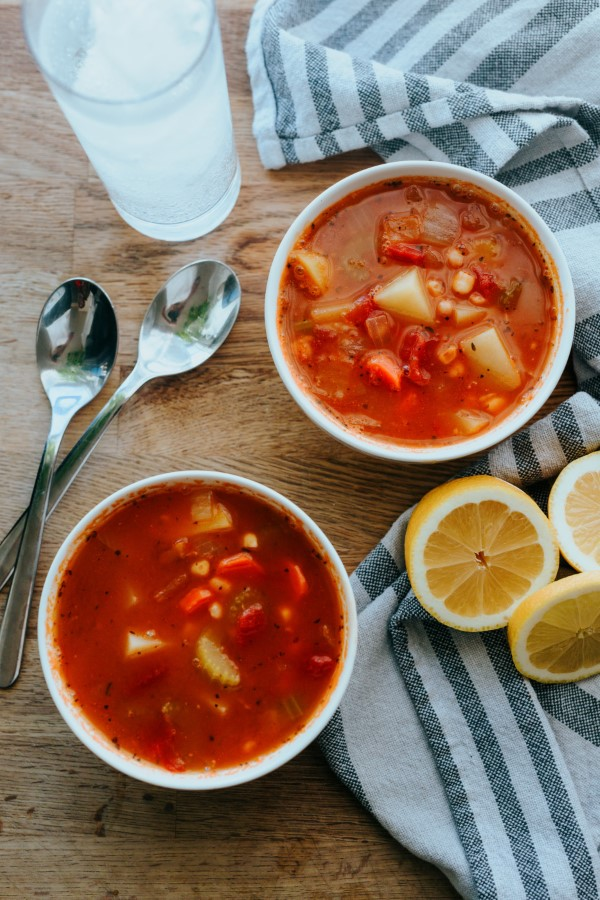 Cheeseburger Suppe – köstliches und gesundes Rezept für Fast Food Fans rote hamburger suppe mit tomatensoße