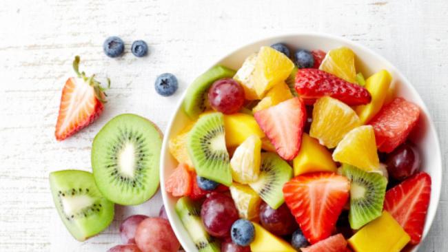 Diätfallen Obstsalat gesundes Essen stillt den Heißhunger ist aber keine richtige Mahlzeit