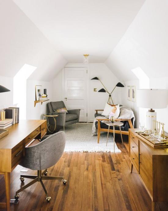 Heimbüro auf dem Dachboden den alten Möbeln eine zweite Chance geben wiederverwenden Leseecke einrichten