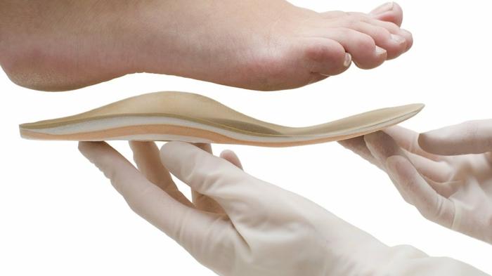 Plattfüsse Übungen plattfuß behandlung orthopädische einlagen