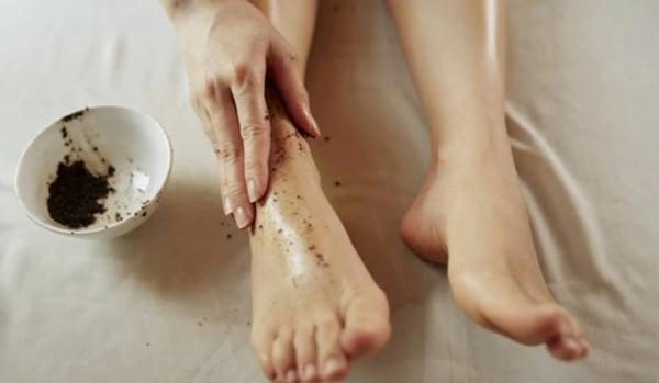Rezepte für eine selbstgemachte Fußmaske Fußpeeling selber machen
