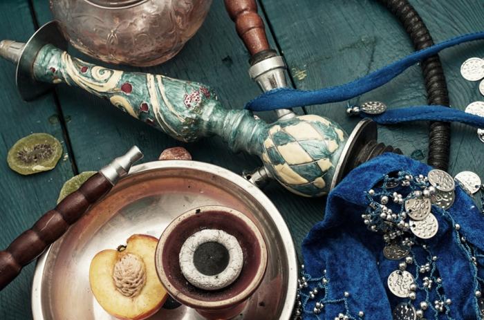 Shisha Shop in der Nähe persischer teppich wasserpfeife mit frau