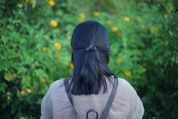 Stilvolle und schöne Frisuren für schulterlange Haare half up half down frisur