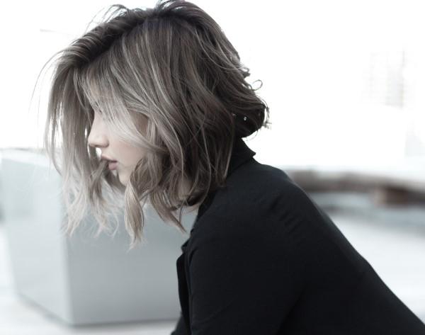 Stilvolle und schöne Frisuren für schulterlange Haare shag haare frisur
