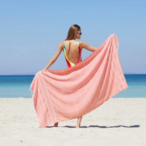 Strandtücher – mehr Urlaubslust dank Qualität und toller Designs