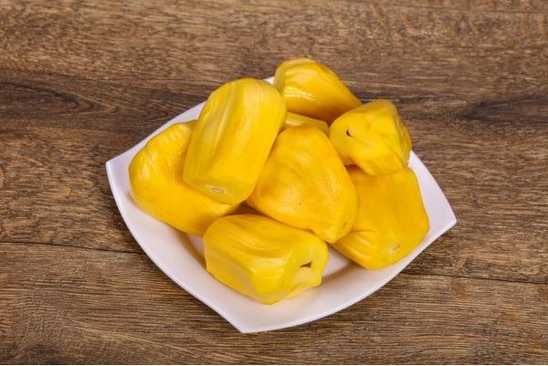 Vegane Jackfruit Rezepte und Wissenswertes über den exotischen Fleischersatz jackfrucht gelb reif