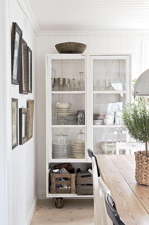 Vitrine dekorieren – Ideen und Tipps für eine gelungene Einrichtung küche deko geschirr