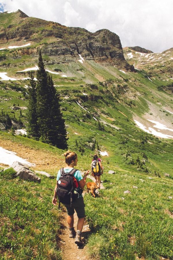 Wandern für die Seele – so gesund ist ein Trekking-Trip durchs Gebirge wandern mit der ganzen familie