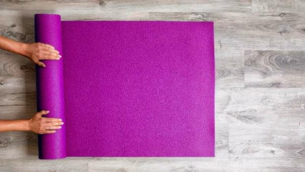 Reinigung der Yogamatte Reinigungsmittel selbst herstellen