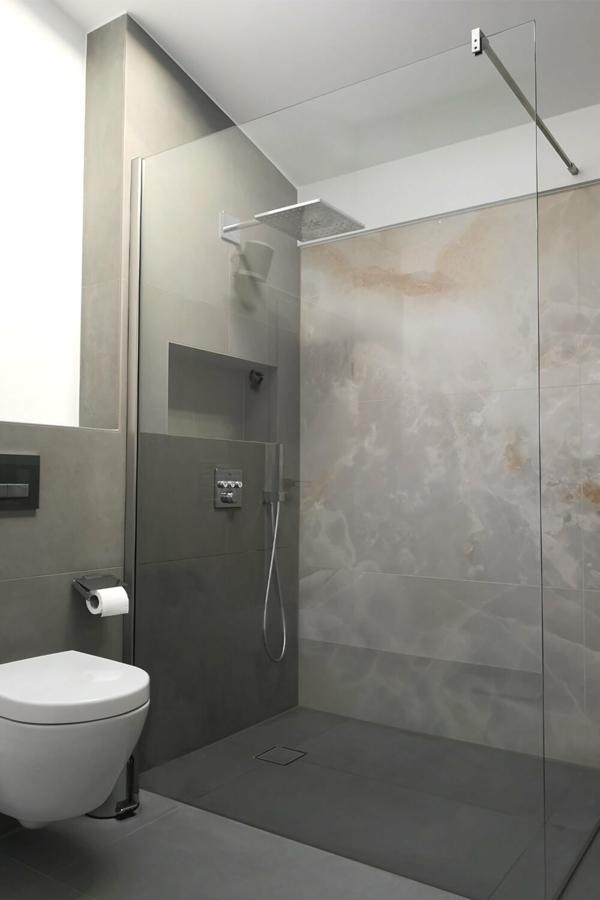 barrierefreie duschen abtrennung bad