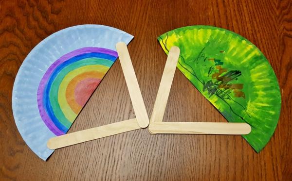 fächer basteln aus papierteller