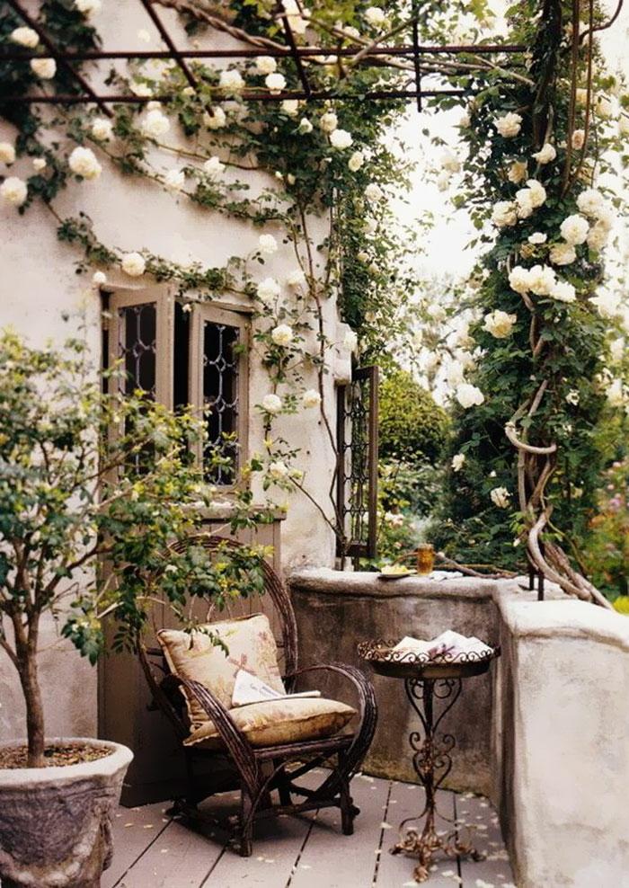 terrasse dekorieren outoddor deko traurig