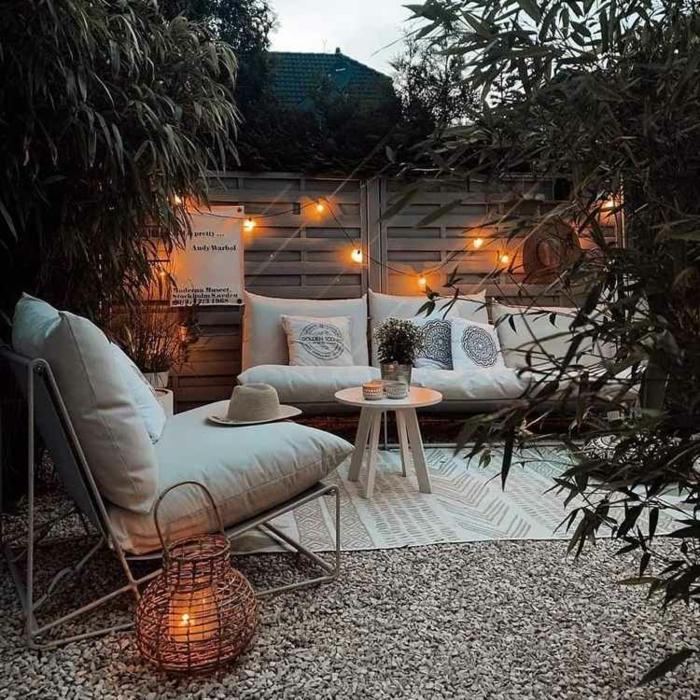 terrasse dekorieren outodoor deko badewanne festlich bodenteppich kuehle abende herbst frisch