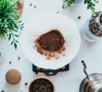 Kaffeesatz ist ein natürliches Insektenschutzmittel, das Mücken vertreibt
