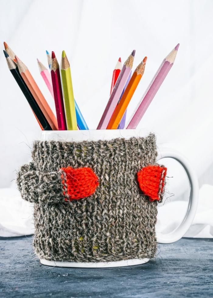 Alte Tassen DIY Ideen weihnachtsdeko stiftehalter