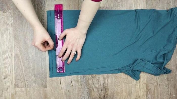 Altes T-Shirt Upcycling ideen tshirt schneiden
