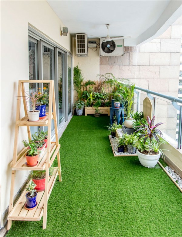 Balcony-Artificial-Grass-1