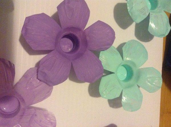 Basteln mit PET Flaschen - schöne Lila Blüten